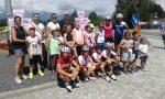 I ragazzi di Ozegna salutano il passaggio di Paola Gianotti