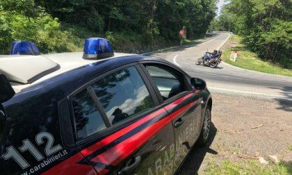 Moto truccate per andare più veloci e fare più rumore, controlli  dei carabinieri sulle strade di montagna
