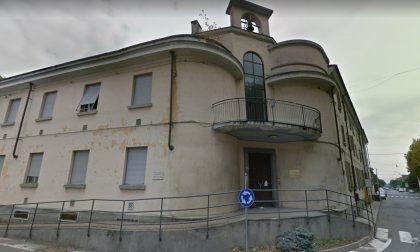 Sorpresi mentre si introducono in un edificio abbandonato aggrediscono i carabinieri con una chiave idraulica