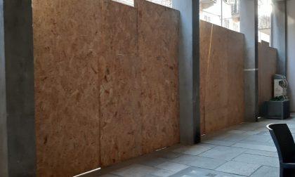 """Tutti pazzi  per l'opera il """"Muro"""" dell'artista  Bogianen"""