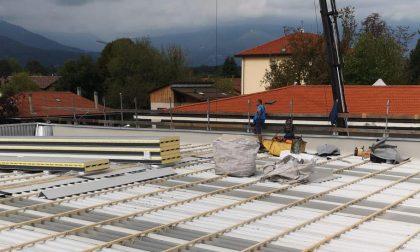 Iniziati i lavori di ristrutturazione del tetto della palestra comunale