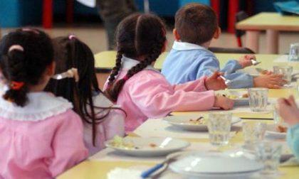 Aumenta la mensa della scuola: buono pasto più caro