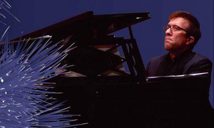Concerto di Natale online di Francesco Villa al pianoforte firmato da Giacomo Puccini