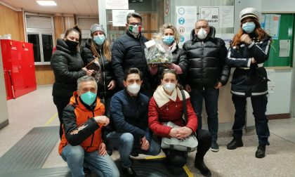 All'ospedale un presepe da Napoli con infermieri protagonisti