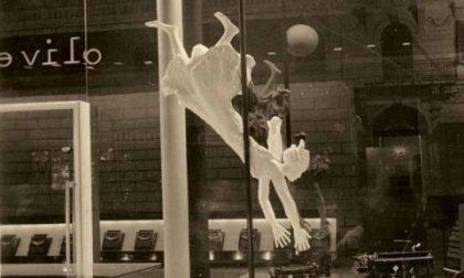 Ritrovata la Donna volante icona dell'Olivetti