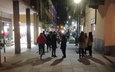 Movida selvaggia: a Cirié bar sanzionati in via San Ciriaco