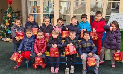 Babbo Natale Alpino ha fatto visita ai bimbi della scuola Luttati di Valperga