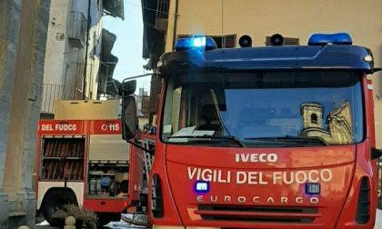 A fuoco un'abitazione a Corio, intervento dei Vigili del fuoco