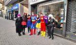 I commercianti di Corso Torino regalano un sorriso a clienti e cittadini