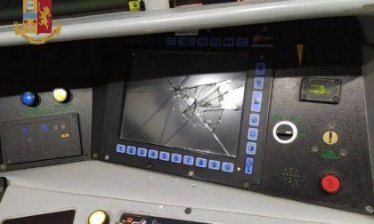 Treno danneggiato da sei minorenni, maxi multa da 50 mila euro