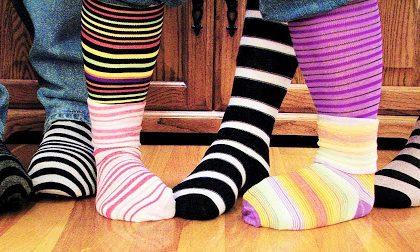 """Oggi è la Giornata dei calzini spaiati, si celebra la """"diversità"""""""