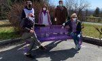 Giornata Nazionale contro i disturbi del comportamento alimentare, installata panchina lilla davanti all'ingresso dell'Ospedale di Lanzo