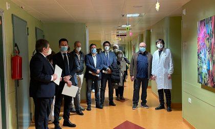 Taglio del nastro ufficiale per l'Ostetricia e Ginecologia a Ivrea