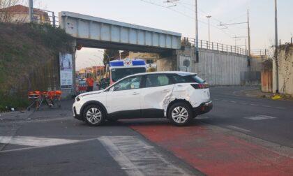Scooter contro auto, incidente a Rivarolo