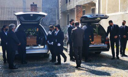 Strage di Rivarolo, l'ultimo saluto a Wilson e Maria Grazia | FOTO