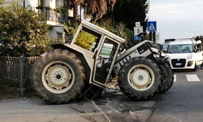 Scontro tra un furgone ed un trattore questo pomeriggio a Favria