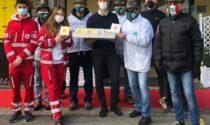 CRI e Alpini insieme alla Crai riempiono il «Carrello della solidarietà»