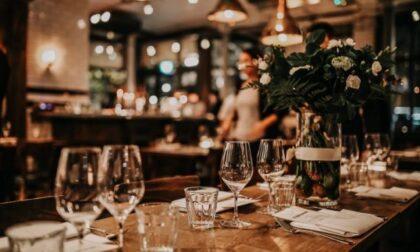Zona gialla a maggio, l'ipotesi: ristoranti aperti a cena con coprifuoco a mezzanotte