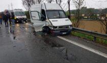 Ennesimo incidente sulla 460: tre auto coinvolte