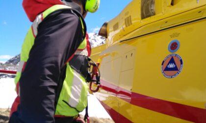 Scialpinista travolto da una valanga a Ceresole, intervento del Soccorso Alpino e Speleologico