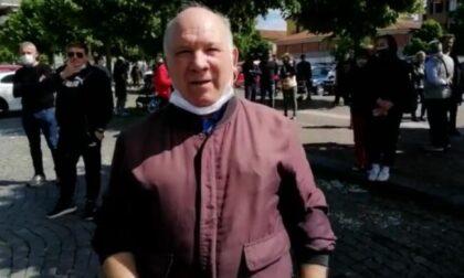 Caso La Torteria, aggredito con calci e schiaffi un giornalista  VIDEO