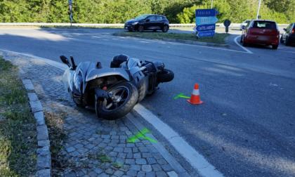 Incidente a Rivarolo, scooterista in ospedale