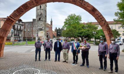 Il ringraziamento degli Alpini al sindaco di Castellamonte Mazza