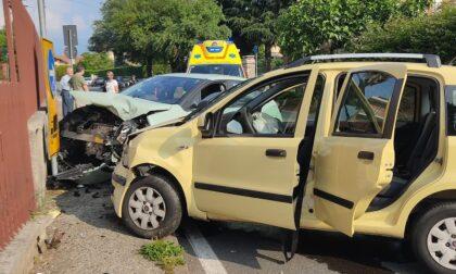 Tre feriti nello scontro tra auto avvenuto a Rivarolo