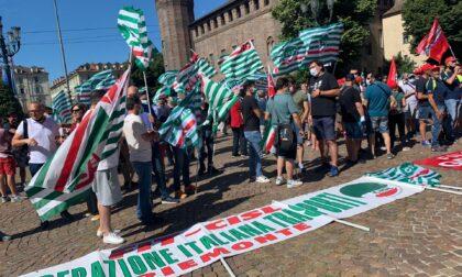 I lavoratori del comparto servizi rifiuti in agitazione a Torino