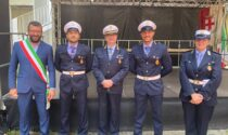 Dopo il corso regionale consegnate le placche ai due nuovi vigili di Polizia Locale