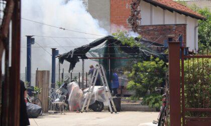 Capanno distrutto dalle fiamme a Leini