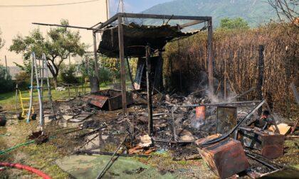 Incendio a Cafasse, a fuoco un capanno