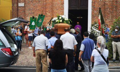L'ultimo saluto a Fabio Vota, 27enne rivarolese morto sabato scorso