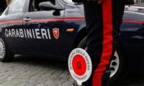 21enne di Castellamonte scappa all'alt dei carabinieri: droga nascosta persino negli slip