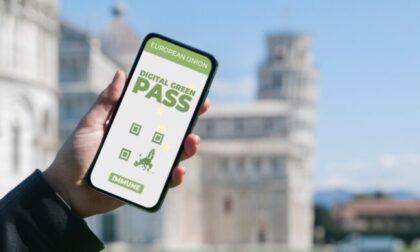 Green pass Italia, il Governo pensa ad estenderne l'utilizzo: quando e dove è obbligatorio?