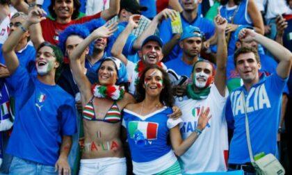 L'Italia vince gli Europei di calcio e diventa virale la foto di Chiara Appendino in bikini a Berlino ai Mondiali 2006
