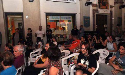 """Il cinema all'aperto """"scalda"""" la politica"""
