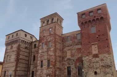 """Castello di Ozegna, """"fumata nera"""" all'asta giudiziaria"""