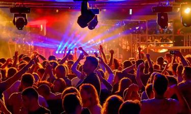 Ristori Covid: soldi pubblici alle discoteche in Piemonte