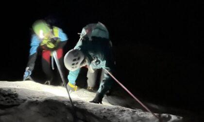 Alpinista rimane sospeso nel vuoto in cordata nelle Valli di Lanzo, intervento del Soccorso Alpino