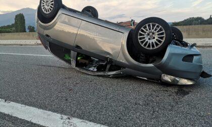 Schianto in autostrada tra Quincinetto e Ivrea, tre feriti, uno è grave