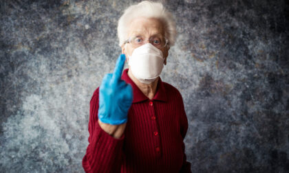 """I medici alla malata di tumore: """"A 79 anni la vita ha fatto il suo corso, inutile accanirsi con le terapie"""""""