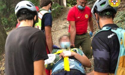 Biker si infortuna in collina, intervento del Soccorso alpino