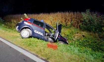 Auto dei carabinieri coinvolta in un incidente