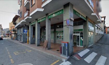 Bimbo di due anni rimane chiuso nel locale bancomat