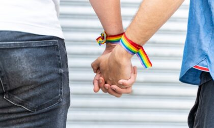 """Coppia gay insultata in condominio a Torino, l'Arcigay: """"Intervenga l'amministratore"""""""
